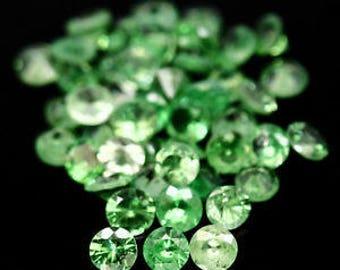 TSAVORITE GARNET (34070) * * *  PARCEL (48 gems / 3 tcw.) Sparkly 2.3mm Tsavorite Garnet - Faceted