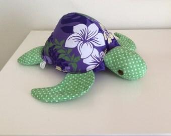Hawaii Honu, turtle, purple Hawaiian fabric