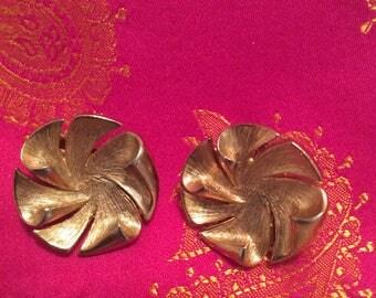 Vintage Hobe earrings clips engraved patent number pinwheel goldtone