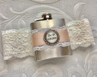 Wedding GARTER FLASK, Bridal Garter in Ivory & Blush Pink, Custom Flask Garter, Personalized Bridal Shower, Bachelorette or Bridesmaids Gift