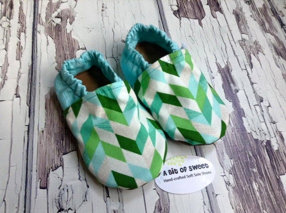 Glacier Geometerics Soft Sole Shoes Size 12-18m