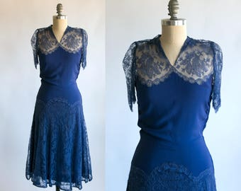 Vintage 1920's Violet Lace Dress / Women's Small Medium / Flapper High Fashion