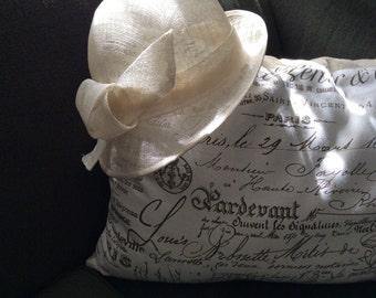 Vintage Ladies Sinamay Straw Hat