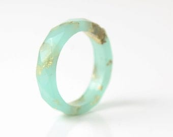 seafoam green and gold size 8 thin multifaceted eco resin ring