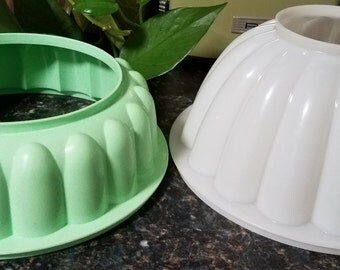 Set of Vintage Tupperware Jello Molds With Lids 1970's and 1990's