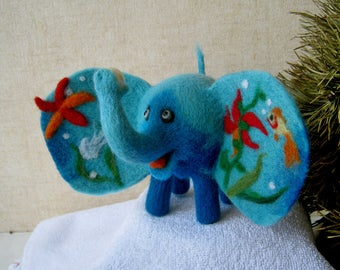 Sea elephant - needlefelted sculpture