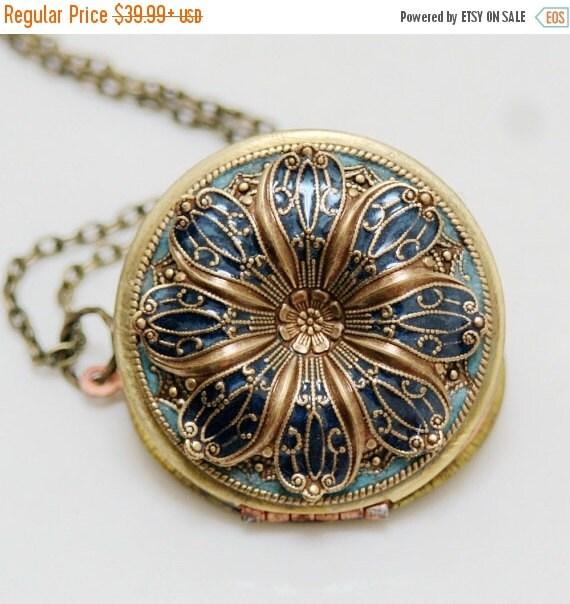 ON SALE SALE-Locket, Poppy Flower Locket,Resin locket,Blue Locket,Enameled Wedding Necklace,photo locket , brass locket - vintage locket,38m