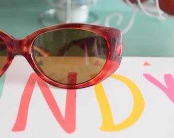 1980s HIPSTER Tort Sunglasses...retro. mirrored shades. urban. hipster. new old stock. shades. indie. chic. wayfarer. sunglasses. gangsta