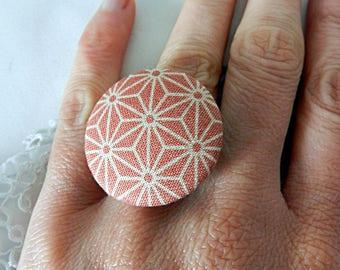 Adjustable pink star fabric ring