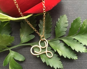 Gold Heart Necklace, Dainty Gold Necklace, Gold Heart Jewelry, Simple Necklace for Sister, Minimal Girlfriend Necklace