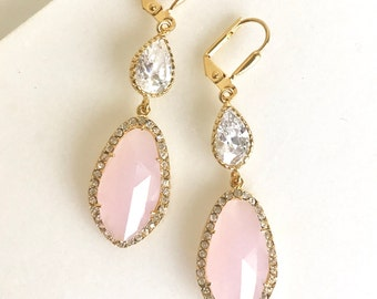 Soft Pink Bridal Earrings. Pink and Cubic Zirocnia Bridal Earrings in Gold. Wedding Jewelry.