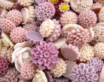 Resin Flower Cabochons : 10 Gorgeous Shades Of Mauve Blooming Baubles -- (Sizes 7mm to 22mm)