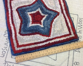 """Rug Hooking PATTERN, Patriotic Star Mat, 8"""" x 8"""", P124, DIY 4th of July, Red, White and Blue, Table Mat, Coffee Trivet, Tea Trivet"""