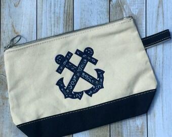Anchor Appliqué Canvas Zip Pouch 7″ H x 11″ W x 3″ D