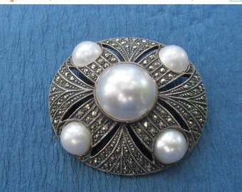 On Sale Judith Jack Vintage Brooch Sterling Silver Faux Mabe Pearls And Marcasite Pin Jewelry