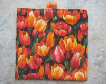 Tulips Reusable Sandwich Bag, Reusable Snack Bag, Washable Treat Bag, Cosmetic Bag, Purse Organizer with easy open tabs