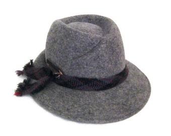 70s Fedora Hat Grey Womans Hat Doeskin Felt Hat Womans Fedora 1970s Gray Felt Hat  Vintage Womans Hat