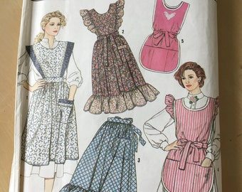 Simplicity #9433 - Size A Misses' Apron in Two Sizes Pattern
