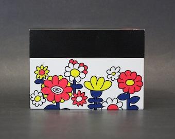 Vintage Mod Floral Ohio Art Tin Recipe Box (E8378)