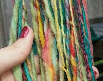 Feathers Handspun Yarn/ 100yards / 1 ply