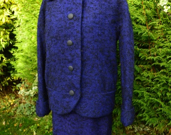 40s/ 50s indigo blue and black boucle wool tweed pencil skirt suit with oversized jacket size M
