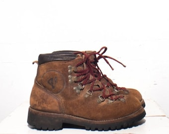 40% off SALE 5.5 C | Vintage Vasque Rough Out Mountaineering Trail Boots Women's Hikers