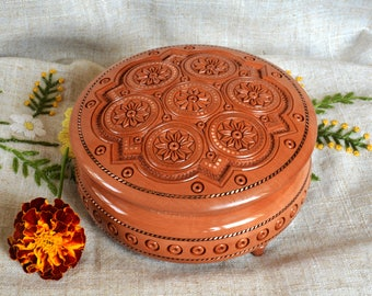 Jewelry box Wooden box Wood box Ring box Wood box  Wood boxes Jewelry boxes Wood carving schatulle Wedding gifts Jewellery box boite B56