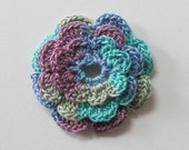 RUFFLED Spool Pin Doily (Variegated - Blue/Aqua/Medium Green/Medium Purple)