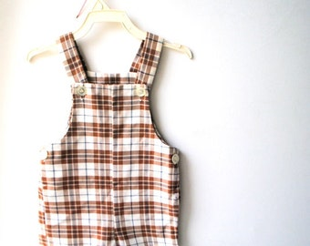 Classy vintage 70s white and brown plaited, boy's romper. Size 2 T. Made by Health tex.