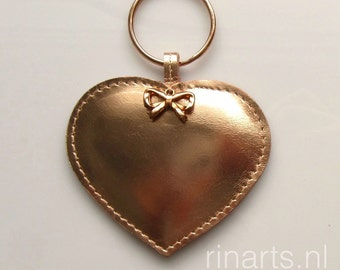 Leather heart keychain / leather bag charm HEART made from rose gold metallic leather. Gift under 20. Christmas gift
