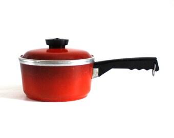 Club Aluminum Saucepan Cookware 1.5 qt Poppy Red Orange Pan