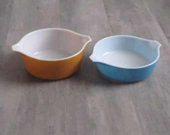 Vintage PYREX 2 Quart and 1.5 Quart Turquoise and Gold Dish