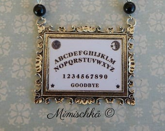 Necklace ouija black beads