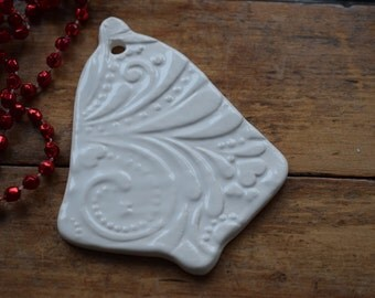 Porcelain Patterned Bell Decoration - Snow white Glaze