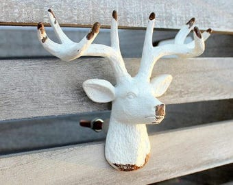 White Deer Knobs, Drawer Pulls, Cabinet Knobs, Dresser Knobs, Cabin Decor, Deer  Antler Drawer Pull, Farmhouse Style Chic, Fixer Upper Style
