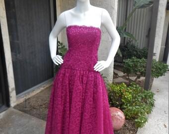 Vintage 1980's Splendiferous Magenta Lace Strapless Evening Gown - Size 10