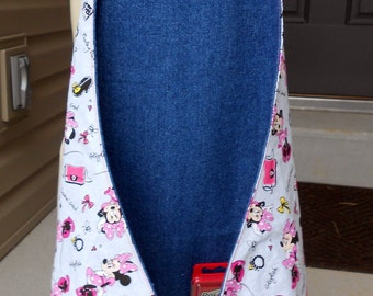 Free USA Shipping, Minnie Mouse Art Apron, Girls Minnie apron, Minnie Mouse Birthday, Art birthday party, Minnie Mouse apron, back to school