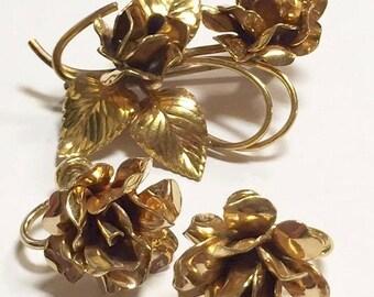 Vintage 1/20 12 KT Gold Filled Flower Brooch and Earrings Set Signed WL