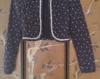 70s quilt Gunne Sax prairie crop jacket with velveteen and lace collar
