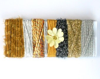Silver & Gold Yarn Sampler Cards in Gold, Golden Beige, Silver, Gray Bundled Fibers for Instant Scarf, Luxury Art Yarn, Collage Supply - E1