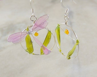 Pink Dragonfly Path Circle Resin Wire Earrings