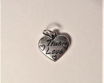 17mm*16mm. Stainless Steel, True Love, Heart Charms, 2CT. Y16