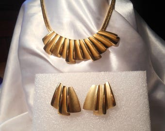 Gold Tone Statement Choker Necklace and Matching Pierced Earrings Satin and Shiny Finish