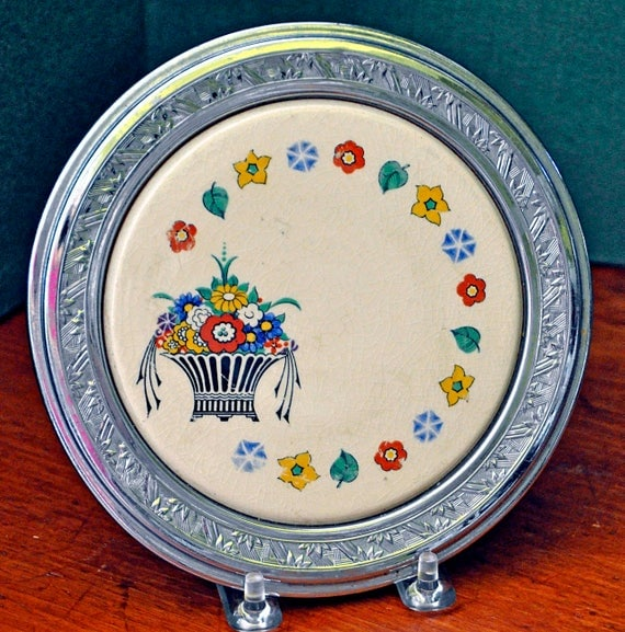 Vintage 1930s UMBERTONE TRIVET Made for FARBERWARE by Leigh Potters