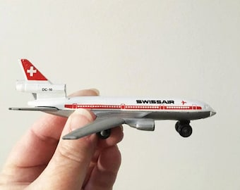 Swissair Matchbox 1973 Diecast Toy Airplane ~ DC 10