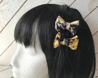 Hair Bow, Bow, Hair bows, Bows, Bow Tie, Hair Decor, Nerd, Geek, Hair Clip, Hair Bow Clip, Fandom, Doctor, Tardis, Who