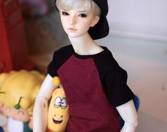 SD Black/maroon raglan T-shirt