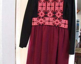 Vintage Royal Lark Embroidered Peasant style dress ala 1960s
