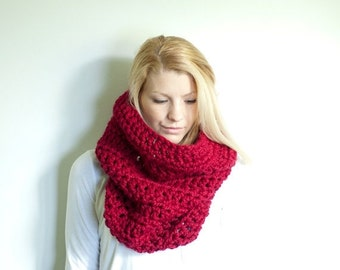 WINTER SALE the CHEROKEE cowl - chunky cowl scarf hood circle scarf - cranberry red - slightly ribbed