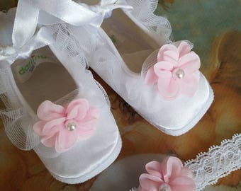 Baby PINK Shoes set with MATCHING baby lace head band; Baptism shoes girl, baby girl white pink satin shoes with hair lace band